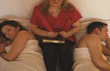 """""""Terapie în trei"""" – Teatrul Rosu"""